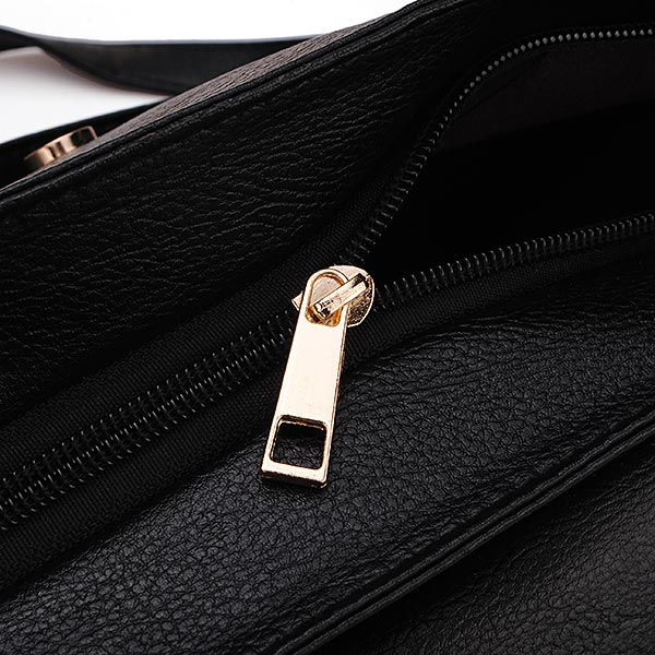 New Retro Punk Style Rivet Bag Small Belt Bag Women Shoulder Bag