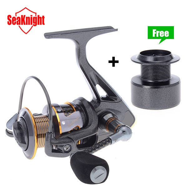 SeaKnight Carbon Fiber Super Light DR2000/3000/4000 11BB Spinning Fishing Reel 2018 new spinning fishing reel metal coil 12 ball bearing hb1000 6000 series 5 2 1 spinning reel boat rock fishing wheel reel