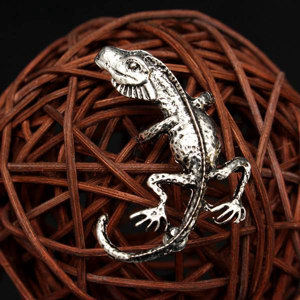 Alloy Gecko Lizards Stud Earring
