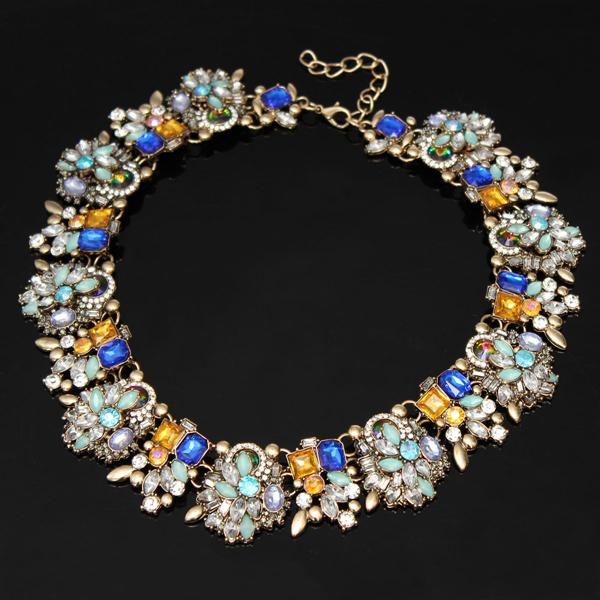 Luxury Crystal Flower Necklace