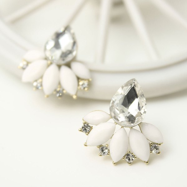 Flower Water Drop Stud Earrings