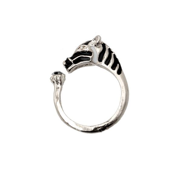 Crystal Horse Head Finger Ring