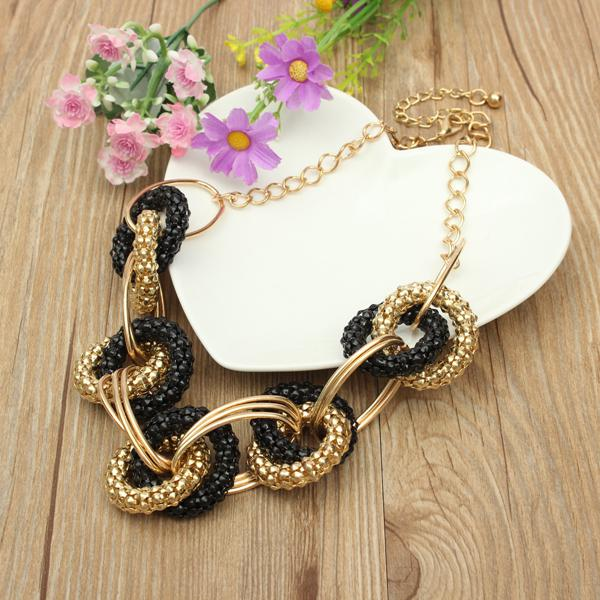 Irregular Link Circle Round Necklace