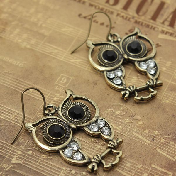 Black Eyes Rhinestone Owl Earrings