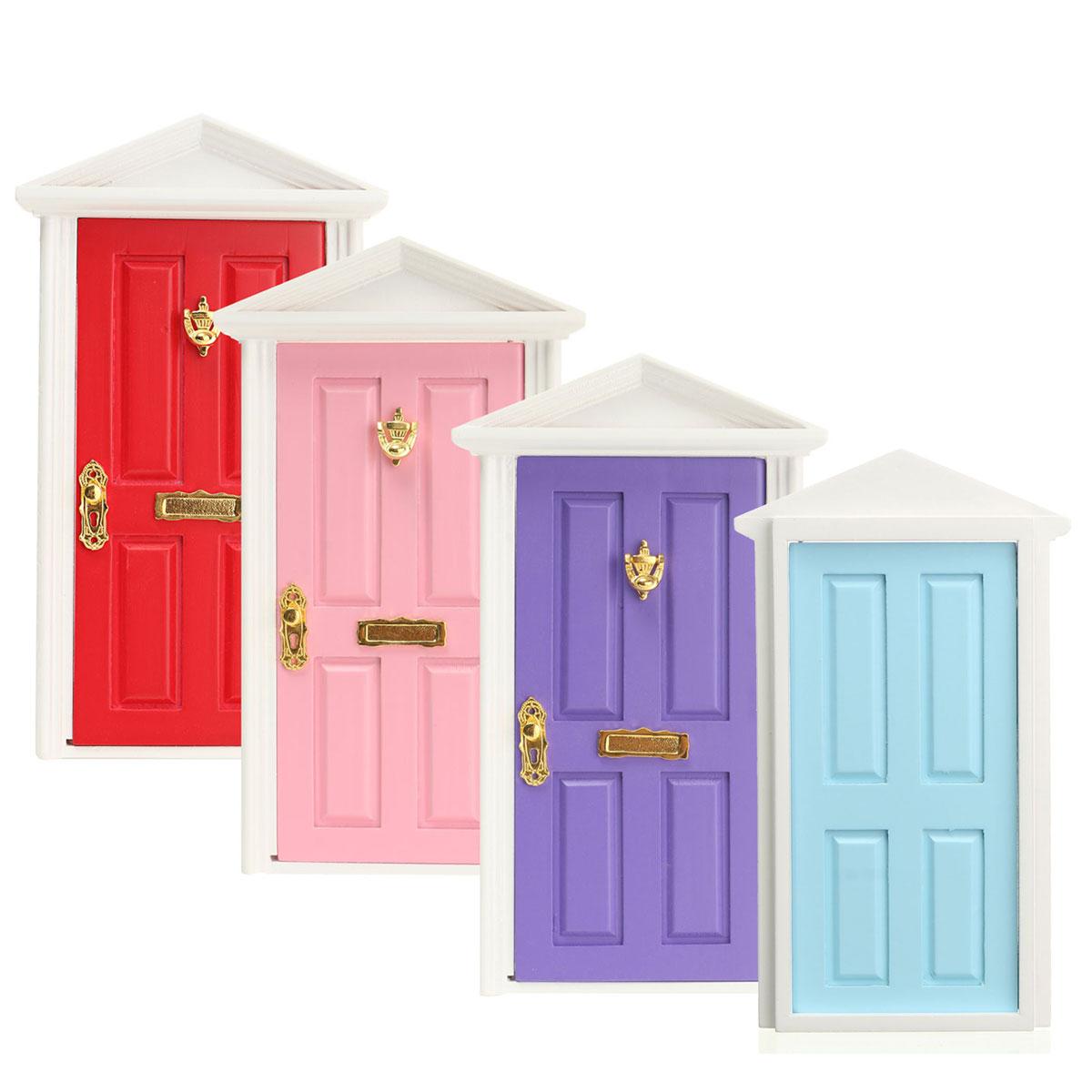 Mini porte en bois assembl avec des accessoires en m tal for Decoration porte bois