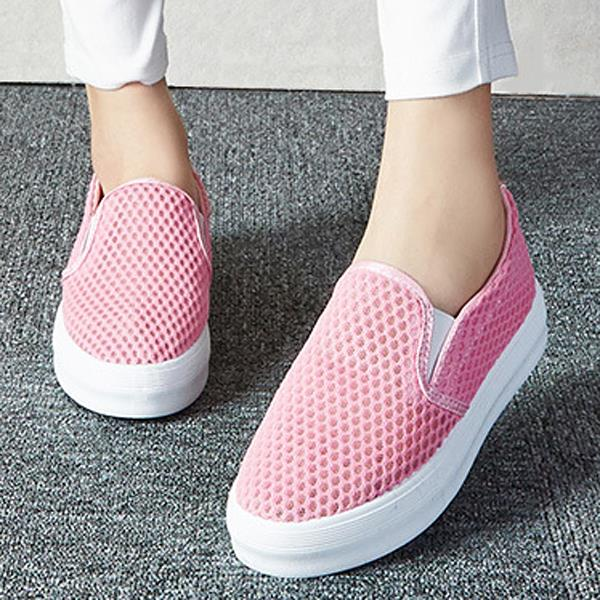 Women Casual Breathable Athletic Casual Shoes Soft Leather Sport Shoes