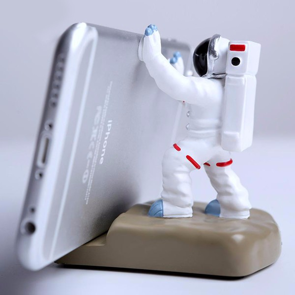 Universal Creative Astronaut Spaceman Desk Stand Bracket Resin Phone Holder for Samsung iPhone iPad Tablet
