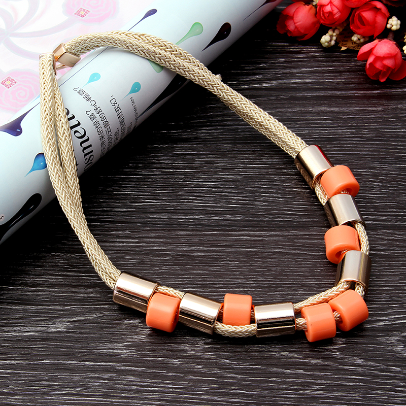 Trendy Colorful Short Magic Buckle Clavicle Necklaces For Women