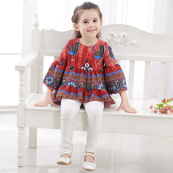 Kid Girls Peacock Printed Bell-Sleeve Dipped Hem Tops