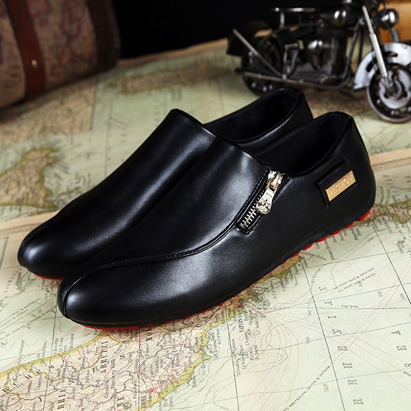 Men Flats Shoes Slip On Casual Outdoor Comfortable Breathable Pointed Toe Loafers Shoes