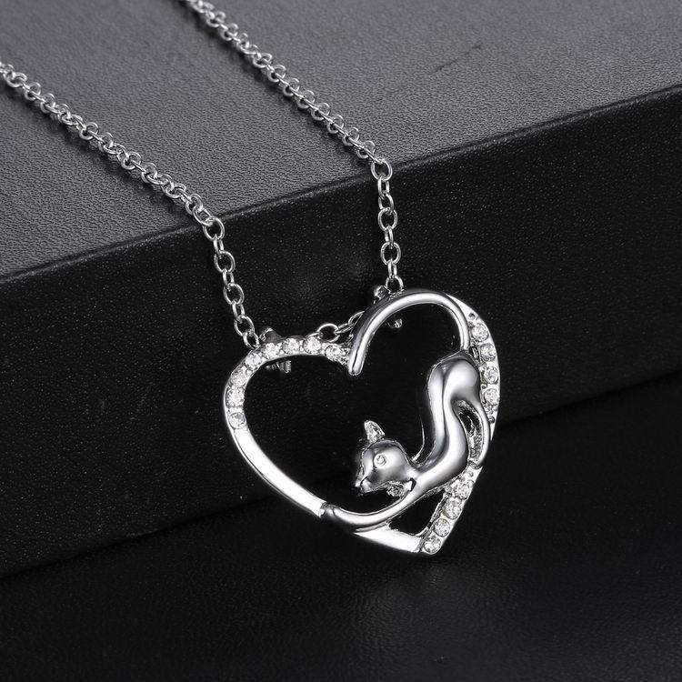 Women Heart Crystal Necklace Lovely Cats Chain Jewelry Boutique Gift