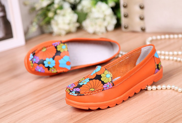 Women Fashion Casual Comfortable Soft Breathable Flower Leather Round Toe Flat Loafer Shoes