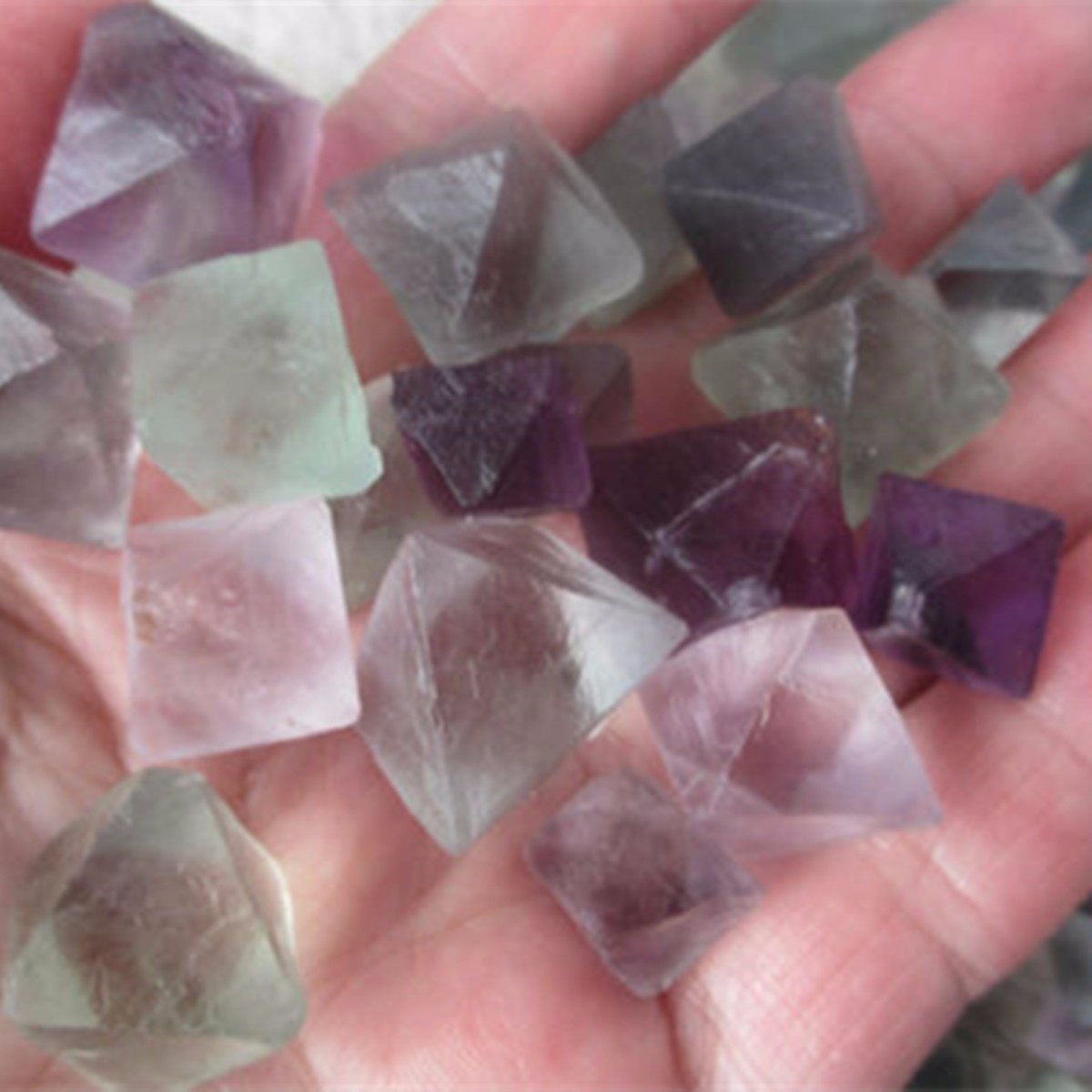 100g Natural Octahedrons Rock Stone Craft DIY Jewelry Decoration