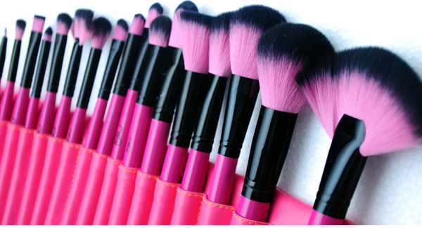 MSQ 24Pcs Pink Professional Soft Wool Makeup Cosmetic Brushes Sets Kit