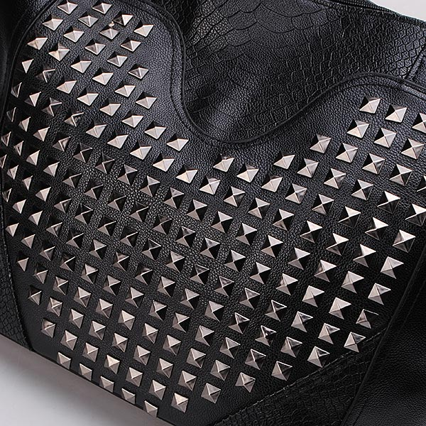New Punk Alligator Pattern Heart-shaped Rivets Black Women Handbag