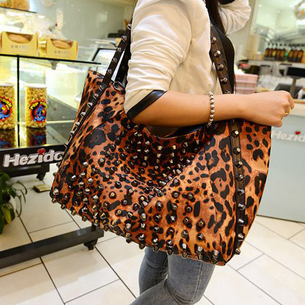 New Fashion Hot Leopard Rivet Handbag Portable Shoulder Bag Handbags