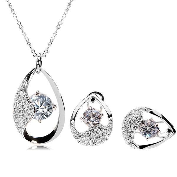 Austrian Crsytal Jewelry Set
