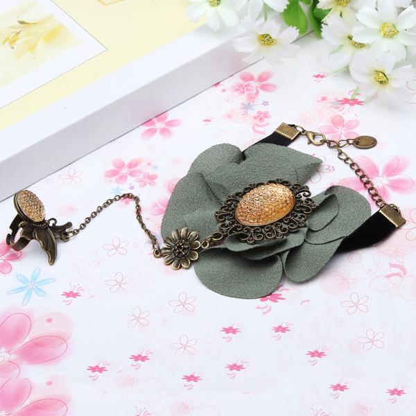 Lace Flower Ring Bracelet