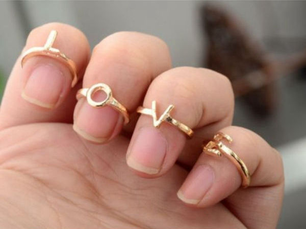 LOVE Knuckle Rings