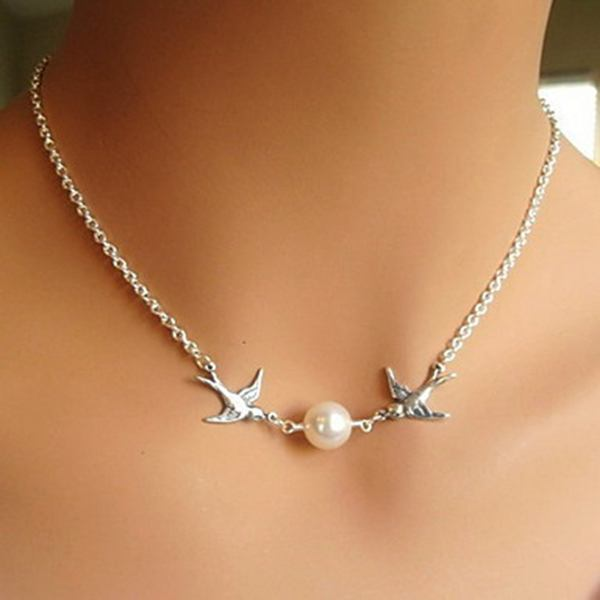 Pearl Bird Clavicle Chain