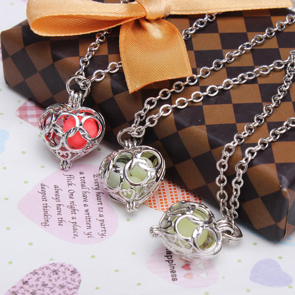 Locket Pierced Luminous Necklace