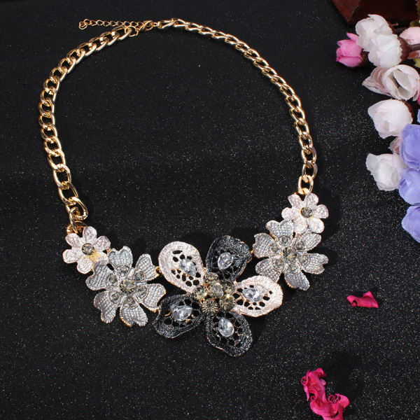 Crystal Women Necklace