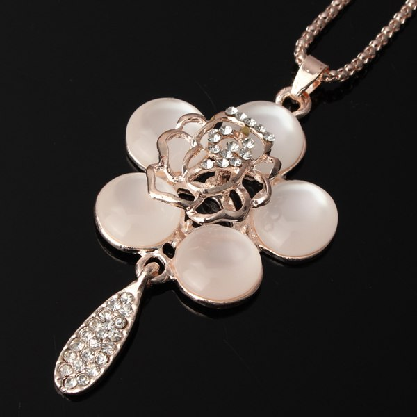 Opal Rhinestone Hollow Flower Necklace