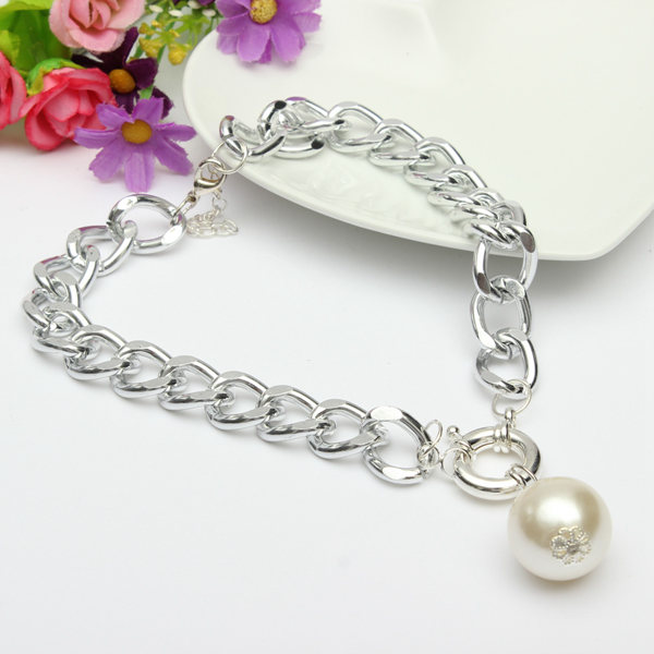 Link Chain Statement Necklace