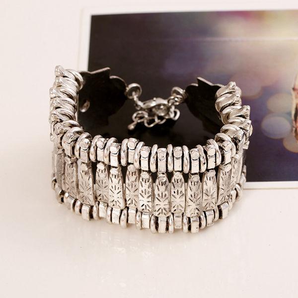Bohemian Carving Bracelet