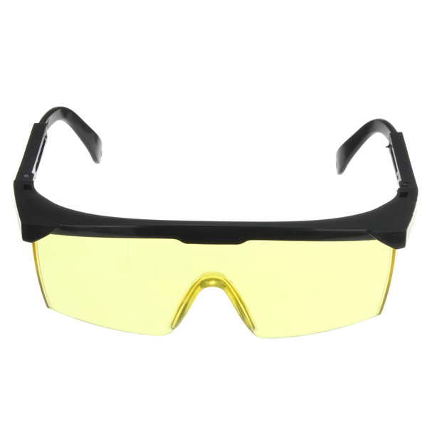 532nm Tinted Anti Laser Safety Glasses With UV Eye Protection Laser Goggles Yellow - EachineSelf Defense &amp; Body Protection<br>Description : 532nm Tinted Anti Laser Safety Glasses With UV Eye Protection Laser Goggles Yellow Laser protective glasses with light absorption principle : Its light is not selective, it is safe PROTECTION diffuse light; incident angle of the light source is not selective, specific bands can be full protection of the laser and the light, the light and rapid response, decay rate is higher, the surface afraid of wear, even with scratch, does not affect the light security. Features : This Laser Safety Glasses protects eyes from Blue UV light / Green Laser, also from dust or insert. Provide full protection for your eyes from laser light and highlight. Made of Polycarbonate strengthen-eyeglasses, shock resistance and starch-proof. Portable and comfortable to wear. Specifications : Protection type : All-round absorption Visible Light Transmittance : 60% Body Color : Yellow + Black Weight : 27g Size : Approx. 13.5 x 5 x 9.5cm (Max. 11.5cm) Package includes : 1 x Yellow Laser Goggles Details pictures :<br>