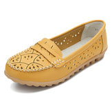 Women Chic Shoes Flower Hollow Out Loafers Soft Sole Leather Flats