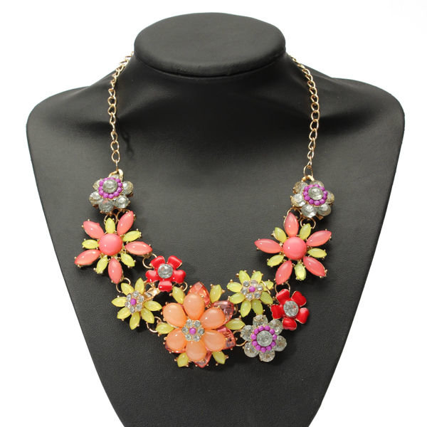 Bohemian Bib Crystal Flower Statement Choker Necklace For Women bohemian tassels drop beads choker chain bib statement necklace