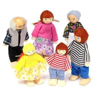 Miembros de la familia de madera muñecas establecen caracteres figuras de muñecas de juguete para niños Los niños vestidos