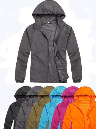 Più giacca sportiva delle donne di formato esterno impermeabile antivento con cappuccio