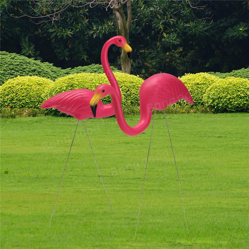 2PCS Pink Flamingo Plastic Yard Garden Lawn Art Ornaments Retro Toy Decor