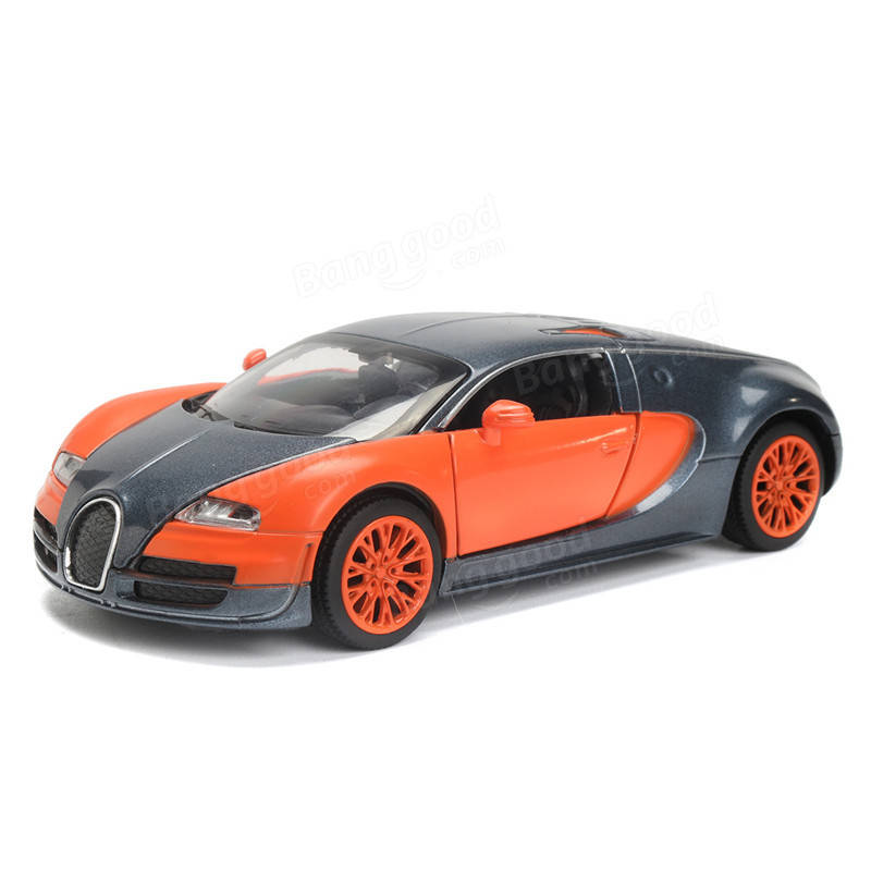 Alloy 1:32 Diecast Car Model Toy with Light Sound Random Color