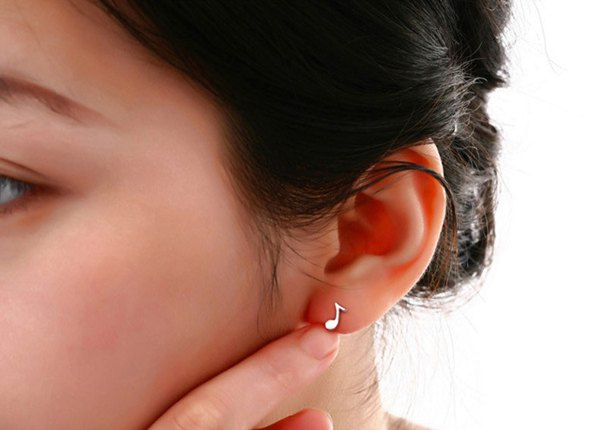 Lovely Silver Plated Asymmetric Music Note Stud Earrings For Women