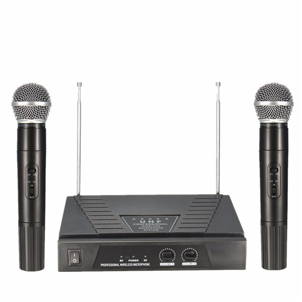 how to connect microphone to a reciever