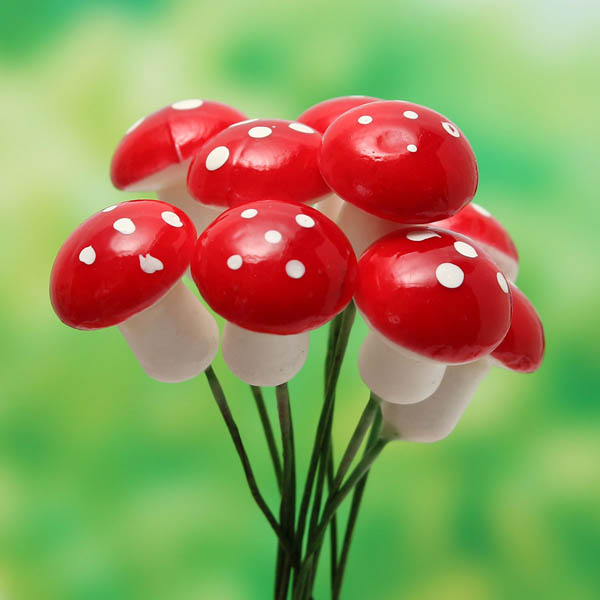 10pcs Miniature Plastic Mushrooms Moss Micro Landscape DIY Decorations