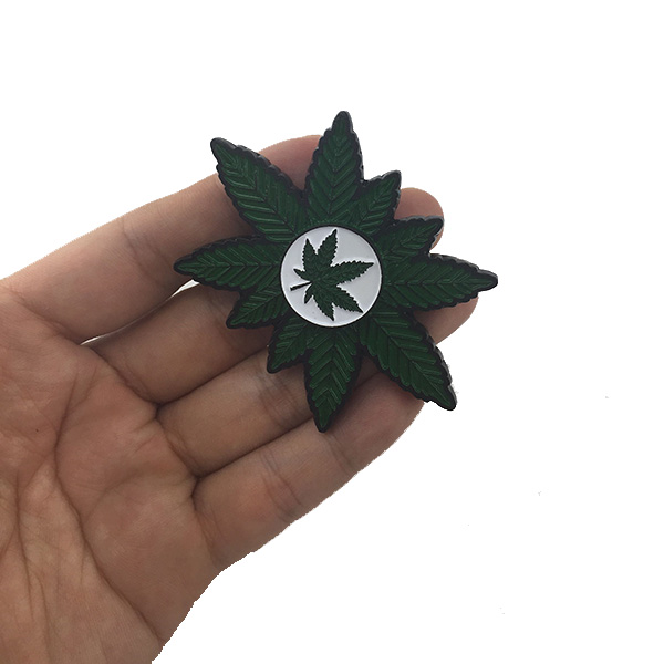 MATEMINCO Weed Marijuana Leaf Finger Toy Zinc Alloy EDC