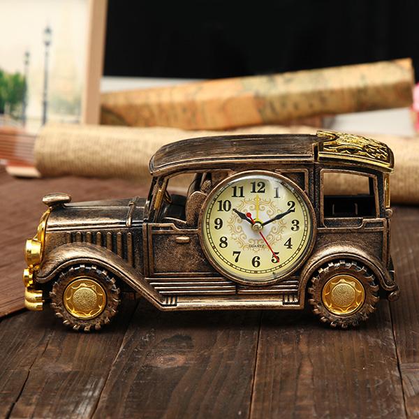 Simulation Vintage Car Alarm Clock Multifunctional Pencil Vase Antique Car Model Creative Decor