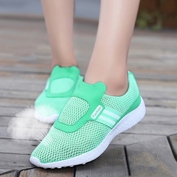 Women Soft Sport Shoes Slip On Casual Slip On Outdoor Flats