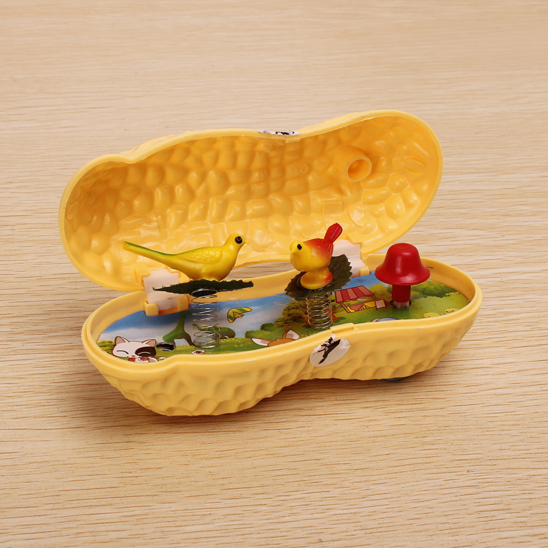 Plastic Peanut Music Box Home Decoration Toys   - Photo: 2