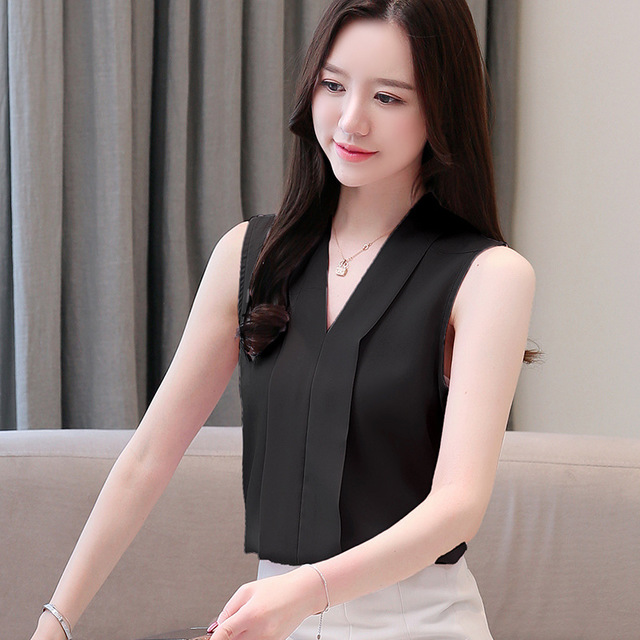Sleeveless Chiffon Blouse Short Sleeve V-neck Chiffon Shirt Top White Small Fresh Bottoming Shirt