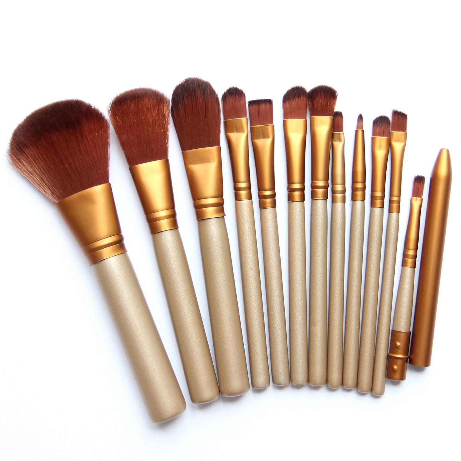 Wooden Handle Makeup Brush Set Iron Case Cosmetic Makeup Set 7Pcs Soft Hair Makeup Brush