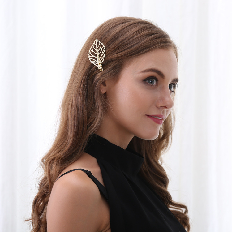 Vintage Hair Clip Gold Alloy Hollow Leaf Plant Tredny Hair Accessories Ethnic Jewelry for Women