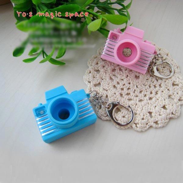 Mini Flash Joking Camera Toy Led KeyRing Camera - Photo: 2