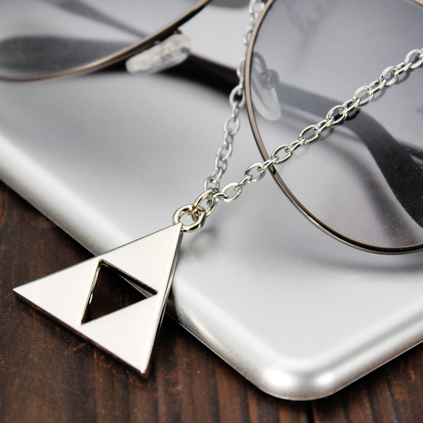 Triangle Metal Pendant Necklace