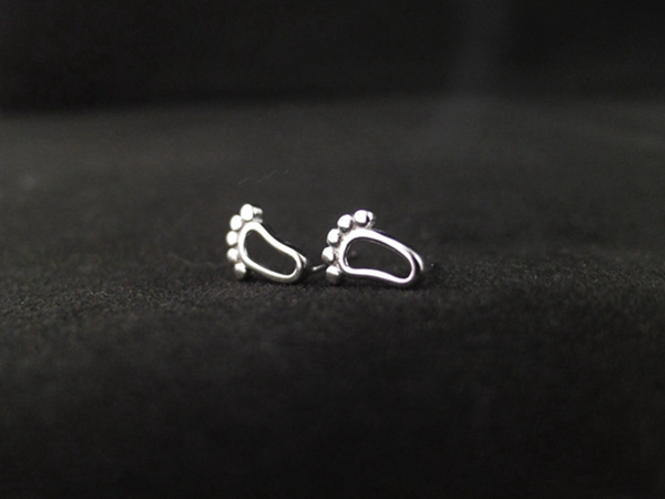 Silver Plated Little Feet Shaped Hollow Earrings Ear Studs For Women