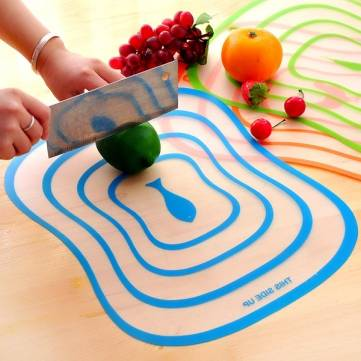 Plastic Antibacterial Cutting Board Non Slip Frosted Translucent Fruit Vegetable  Chopping Board